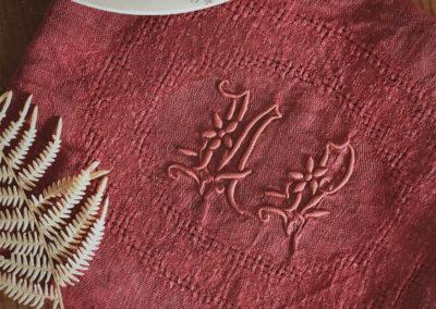 Serviette brodée vintage