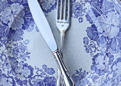 Fourchette gravée vintage