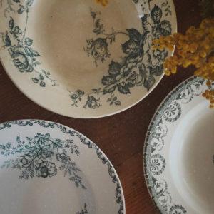 Assiettes creuses Terre de fer vintage