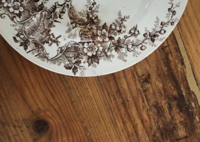 Assiettes terre de fer dessert