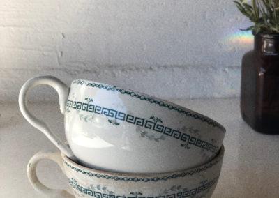 Tasses à thé vintage terre de fer
