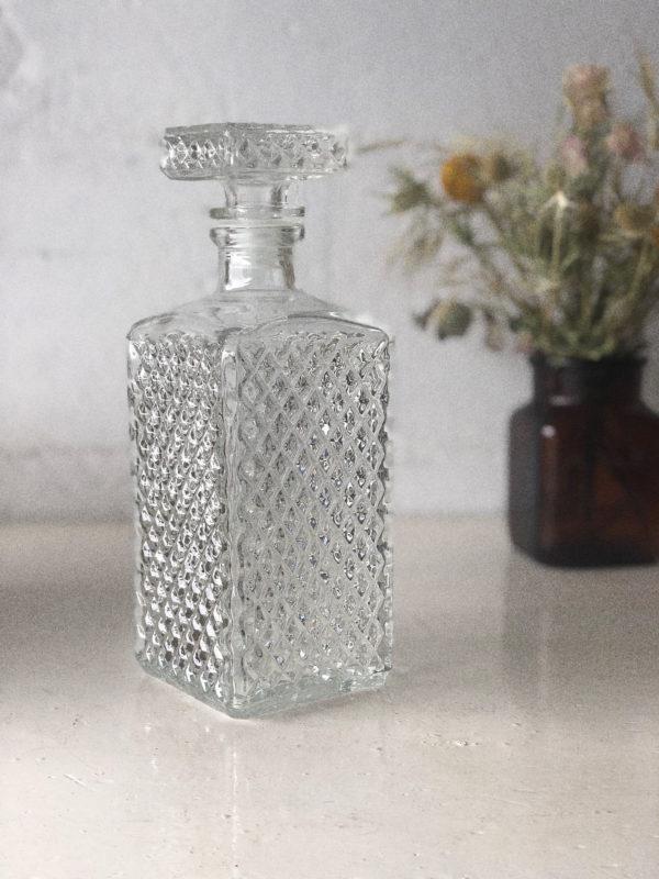 Carafe à whisky en verre ciselé vintage