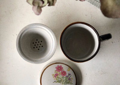 Tisanière vintage en grès